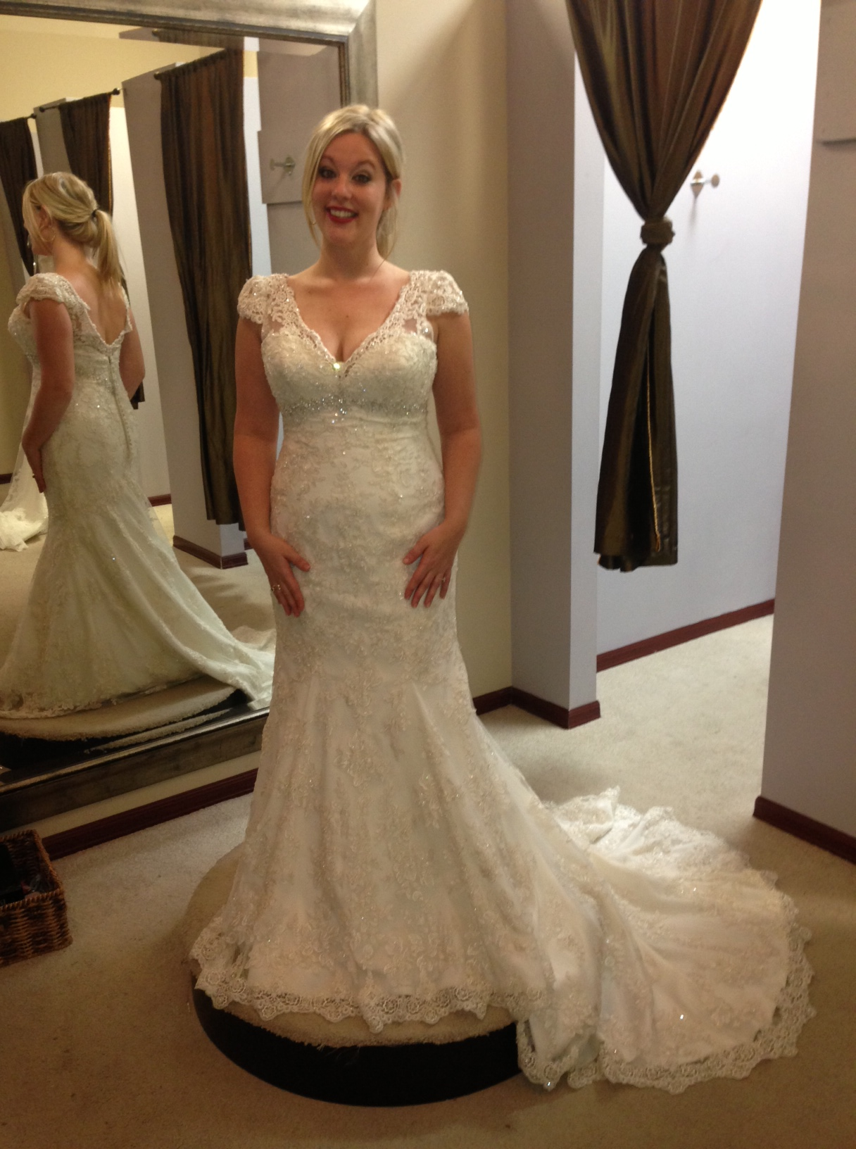 Bridal dresses in jacksonville fl my walk down the aisle for Wedding dress jacksonville fl